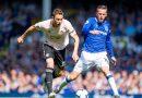 Everton yaiburuza Man-U 4-0, Palace ikiibamiza Gunners 3-2